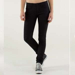 Lululemon Bust A Move Pants in Black, size 4